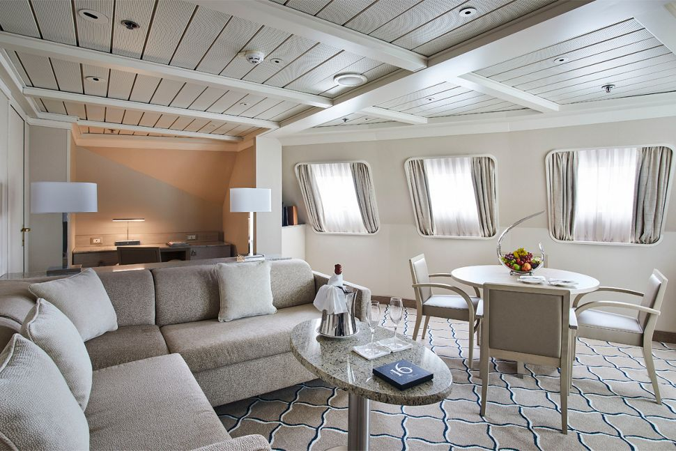 Silversea - Silver Cloud Expedition - Royal Suite