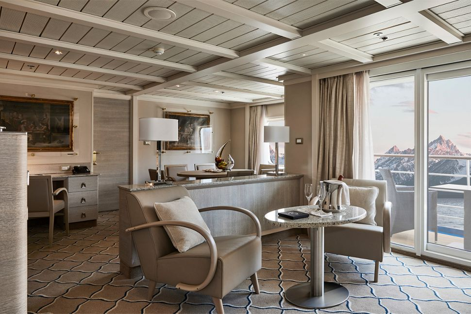 Silversea - Silver Cloud Expedition - Owners Suite