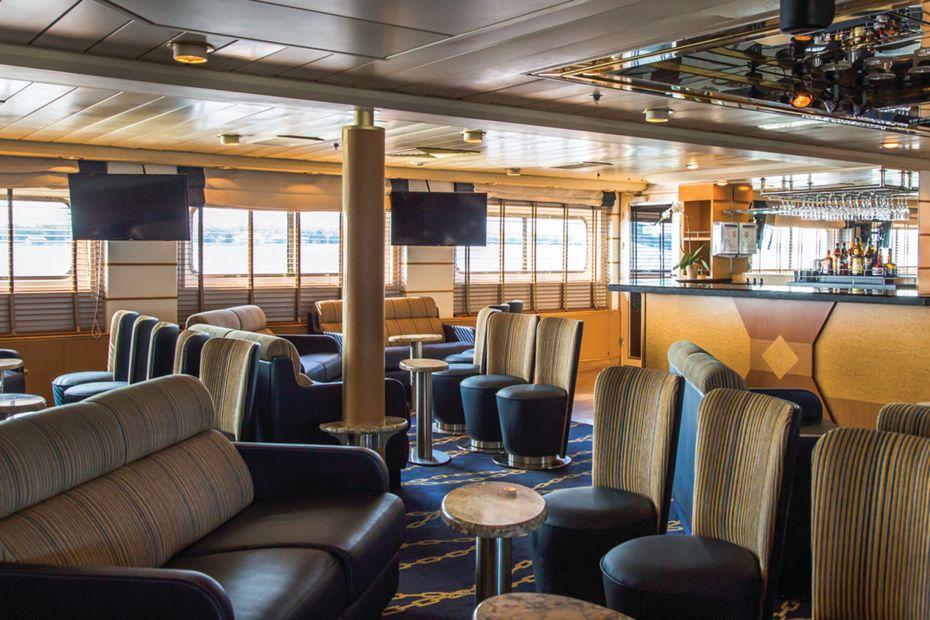 Silversea - Silver Discoverer - Explorer Lounge