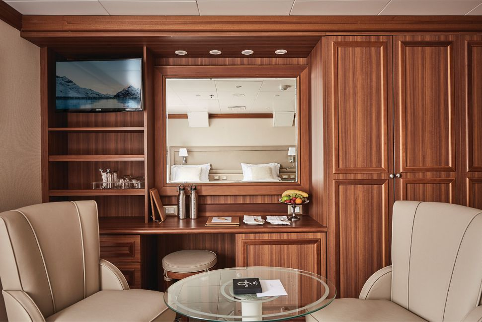 Silversea - Silver Explorer - Medaillon Suite