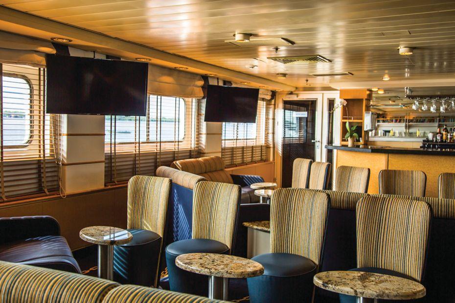 Silversea - Silver Galapagos - Explorer Lounge