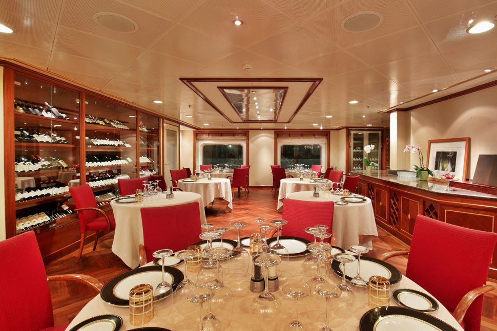 Silversea - Silver Whisper - La Dame Restaurant