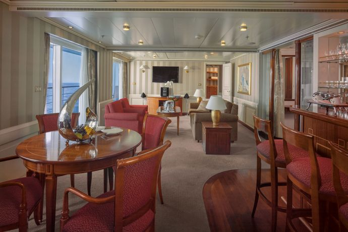 Silversea - Silver Whisper - Owners Suite Wohnbereich