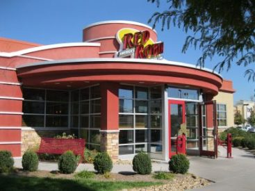 Tip Sharing and 80/20 Violations Will Cost Red Robin Restaurants in New York $900,000