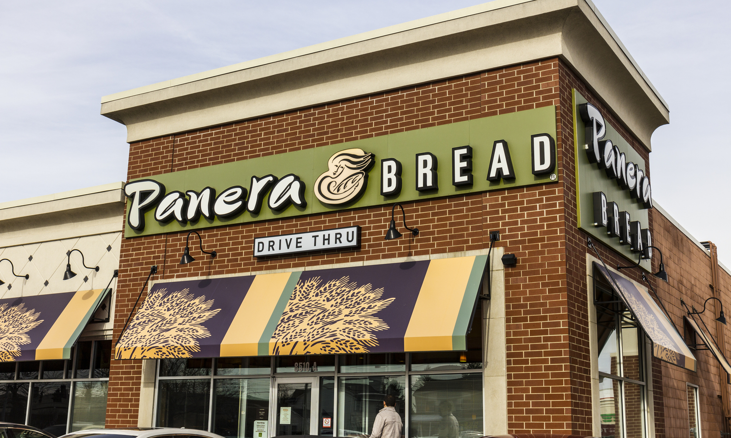 Panera Bread Assistant Managers Proceed With Overtime Lawsuit
