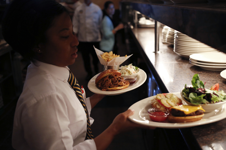 New York Restaurants Consider Cutting Jobs to Offset Rise in Minimum Wage