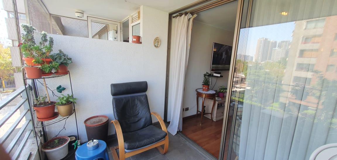 Ñuñoa Barrio Italia /   En venta amplio departamento en venta  de 2  dormitorios 2 baño dos terrazas  estacionamiento y bodega cercano a barrio italia
