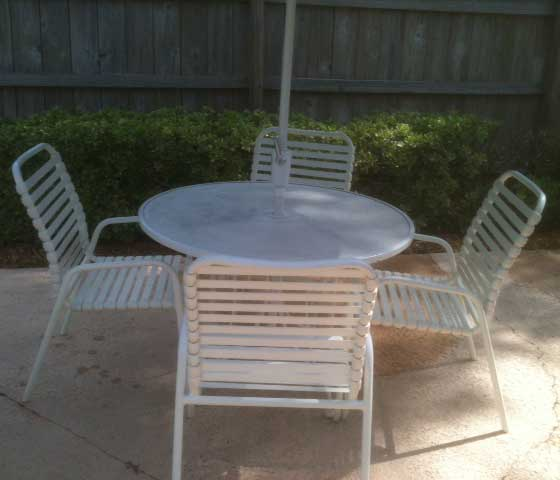 patio table table and chairs white