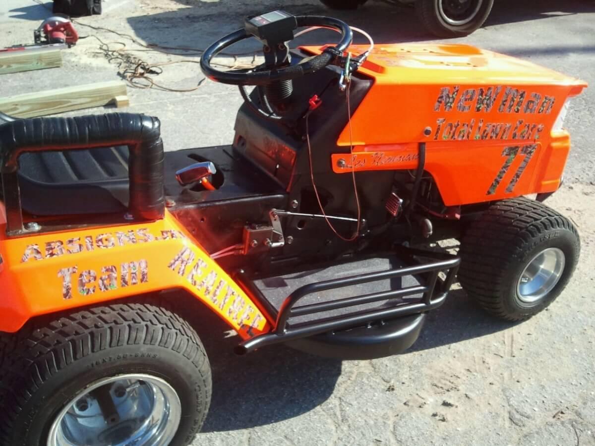 racing lawn mower