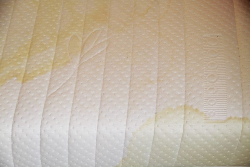 Heavy stains on mattress