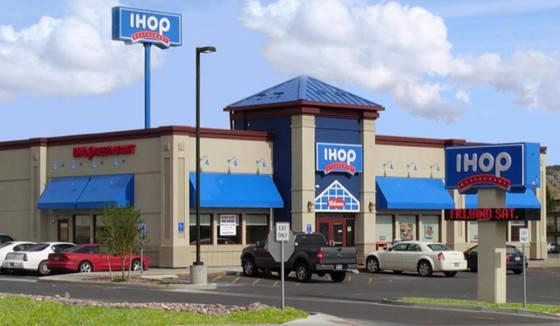 Subgerente de IHOP recibirá $40,000 por reclamos de pago por horas extras