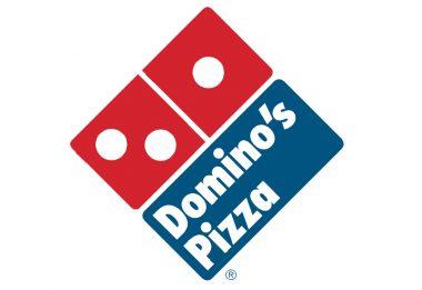 Domino's Pizza Paga $370,000 en Salarios Atrasados por Violar Leyes de Salario Minimo y Sobre Tiempo