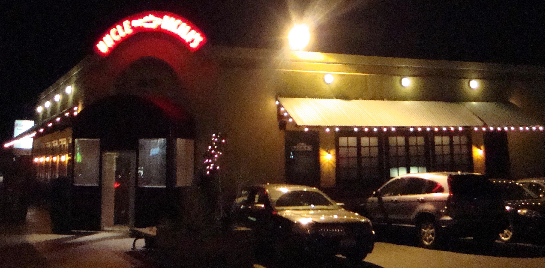 Restaurante en Long Island fue Demandado por el Departamento del Trabajo por No Pagar Salarios Mínimos y Horas Extras