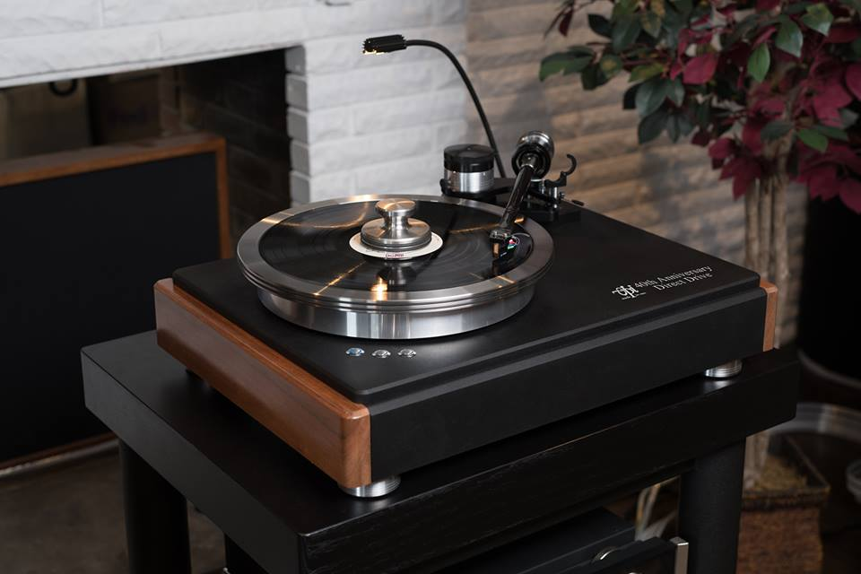 wood side panel for turntables