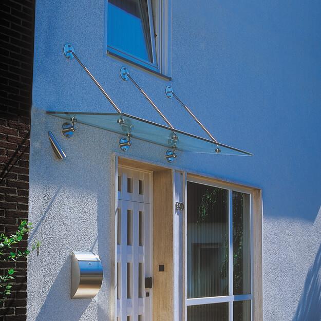 Glasvordach glasplusbad.ch