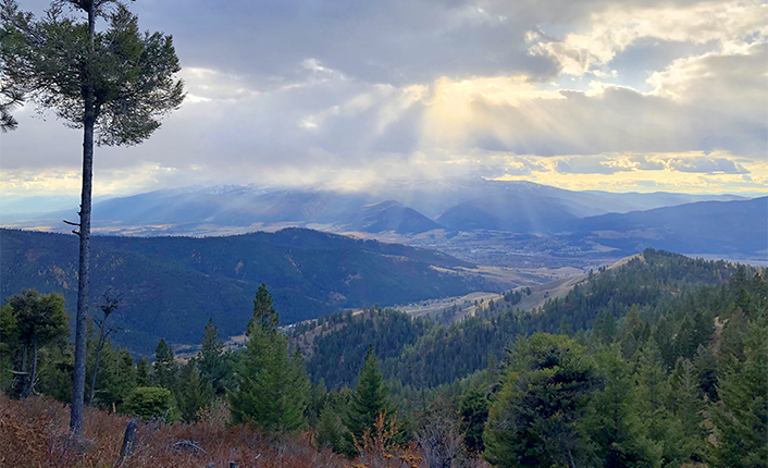 Five Valleys staff are working on the land acquisitions that will one day provide the public amazing views like this. Photo by Five Valleys staff.