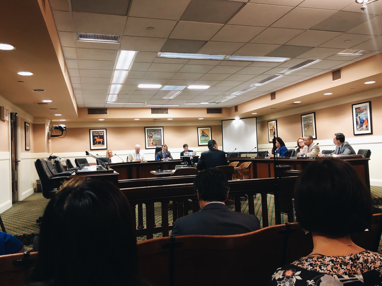Image of joint committee hearing on the census with secretary of state, Alex Padilla in the center.