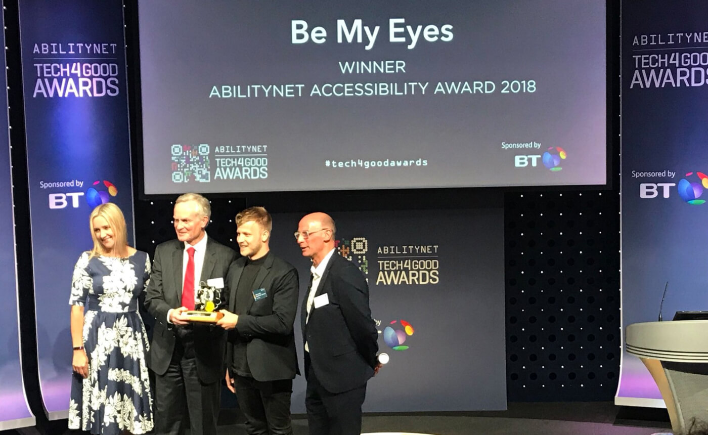 Be My Eyes Community Director, Alexander, accepting the Abilitynet Accessibility Award at the 2018 Tech4Good Awards in London.