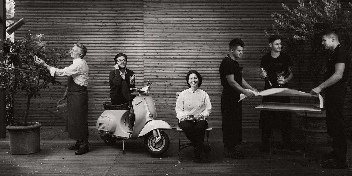 Das ganze Team v.l.n.r: Bartolomeo, Fabio, Giovanna und die Komplizen