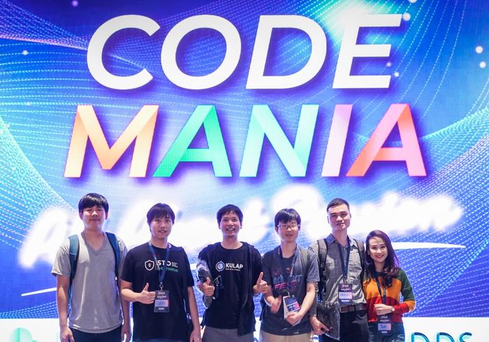 Hyper Ledger & Ethereum Workshop at Code Mania 1010
