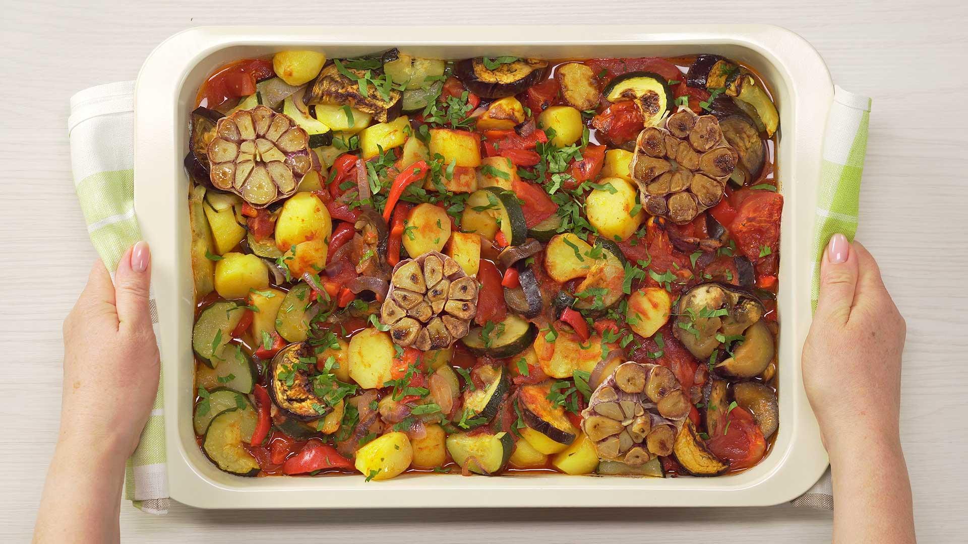 Летние овощи запеченные в духовке