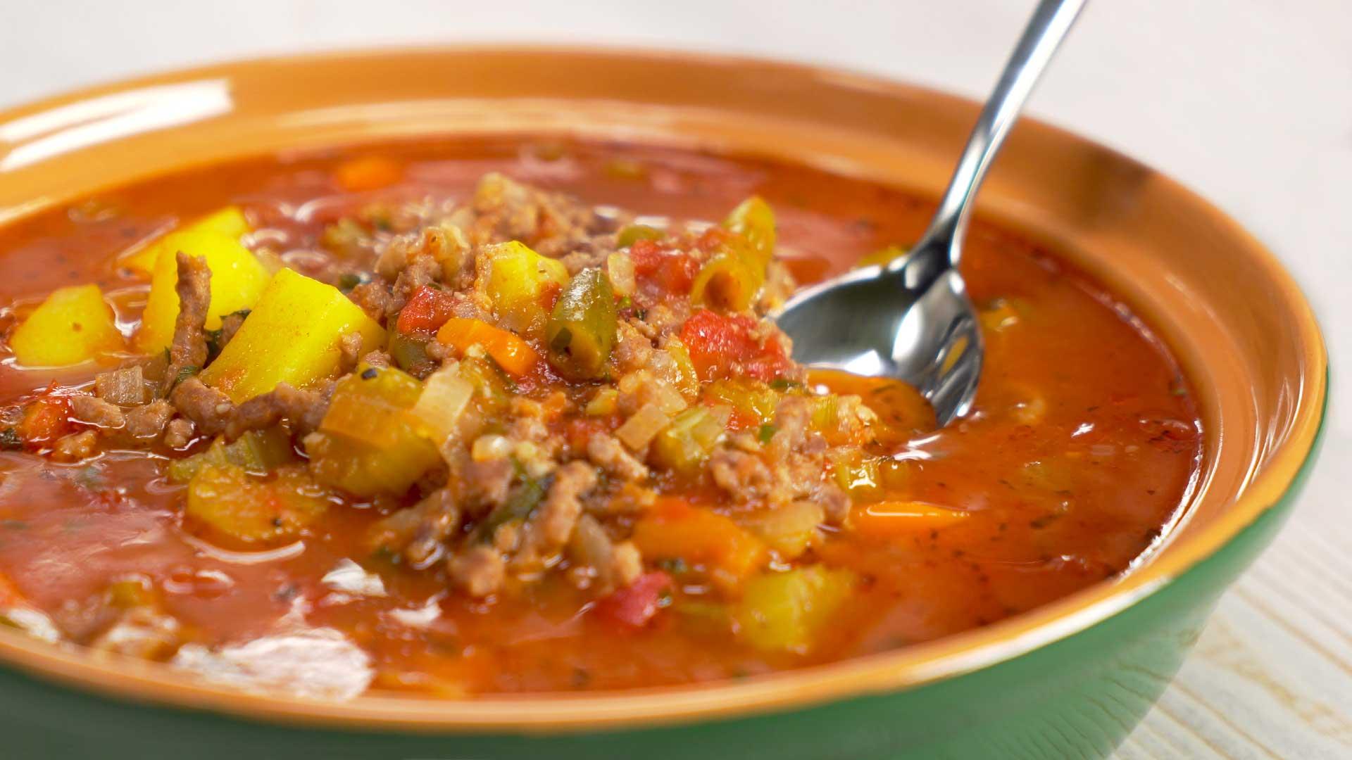 Зимний мясной суп