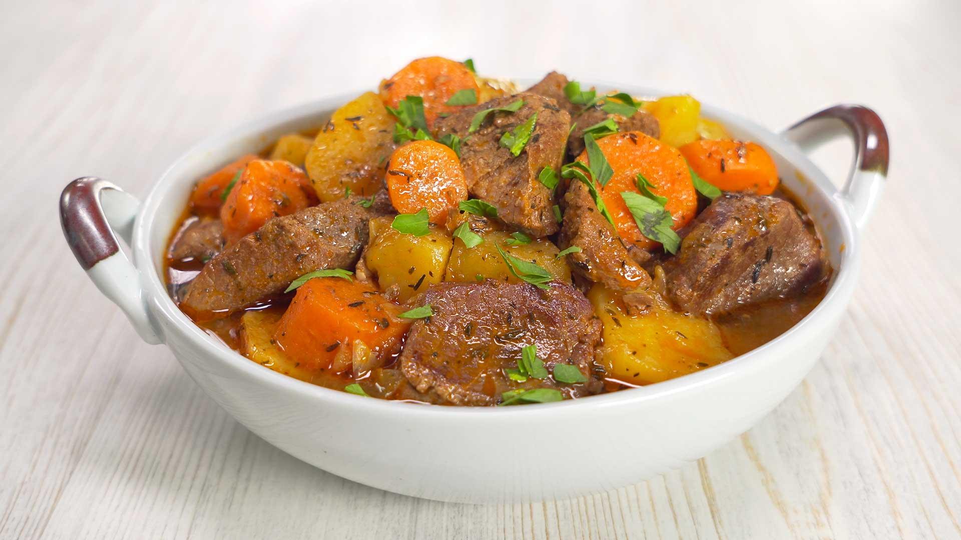 Ирландское рагу с говядиной и овощами