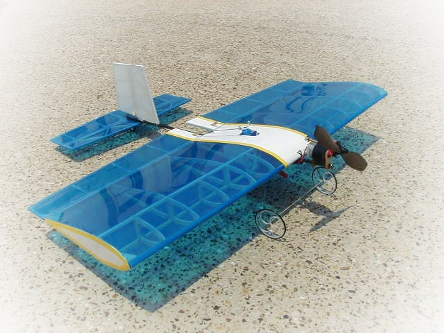 Acrobatic Balsa wood plane with Ailerons