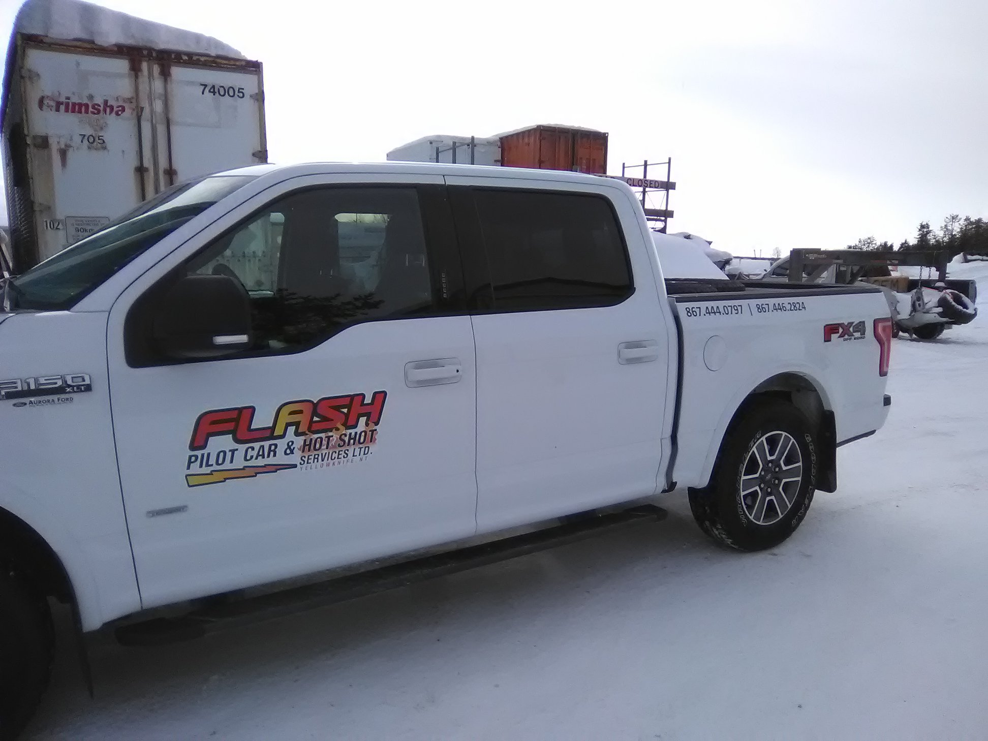 Flash Pilot Car & Hot Shot Services Ltd vehicle decal.