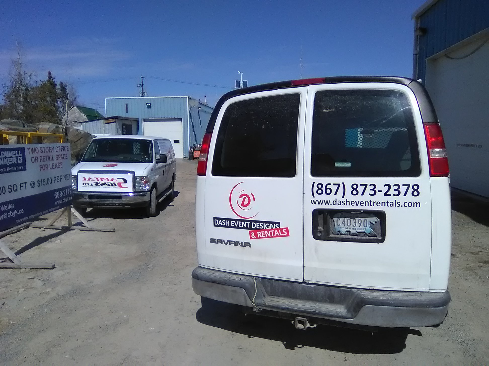 Dash Event Designs & Rentals commercial vehicle wrap
