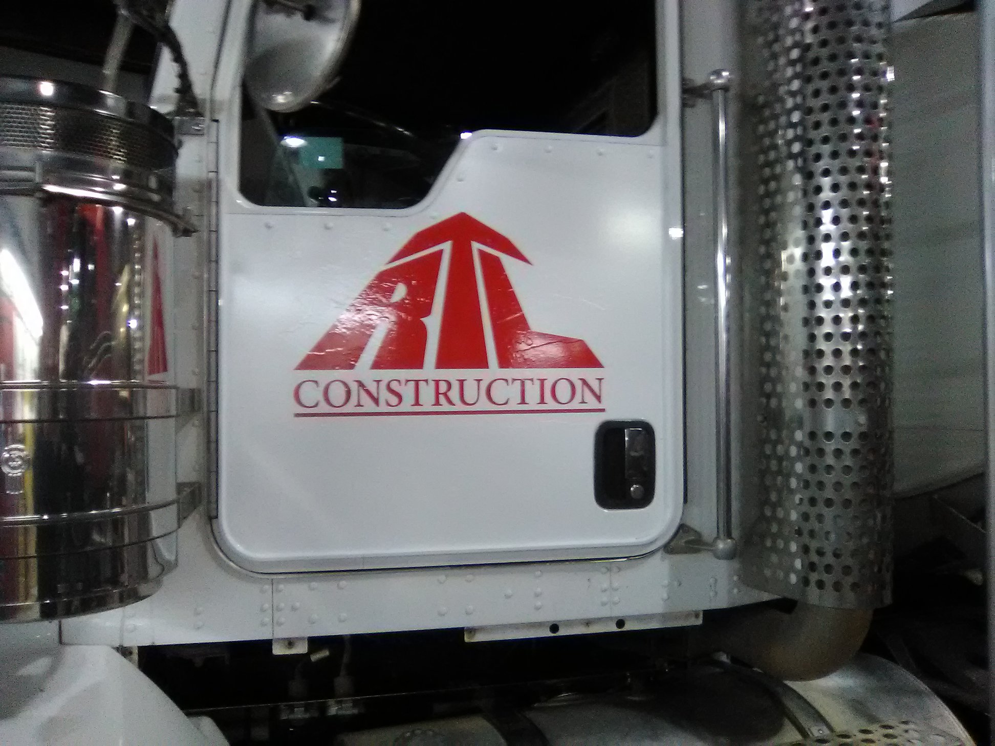 RTL Trucking Commercial Fleet Decals