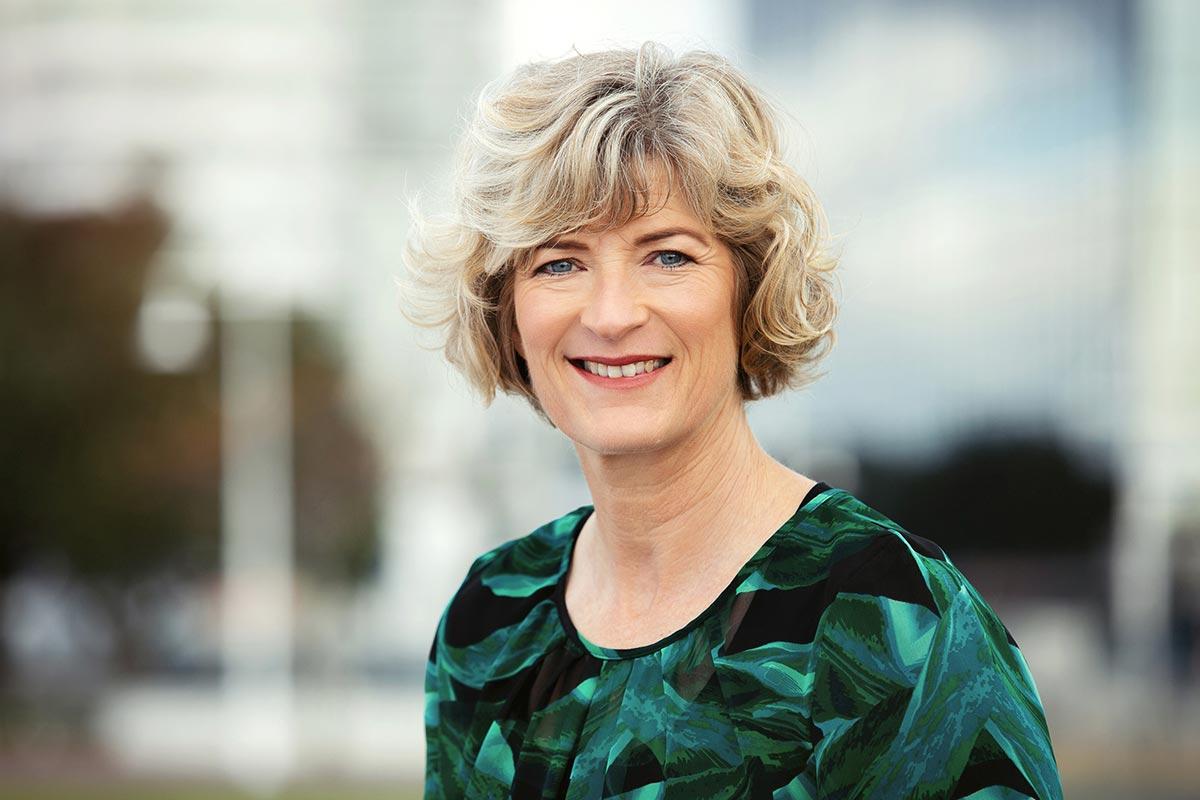 Denise Arnold