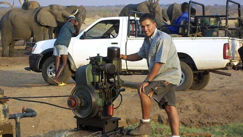 Pumpen reparieren - mit Elefanten