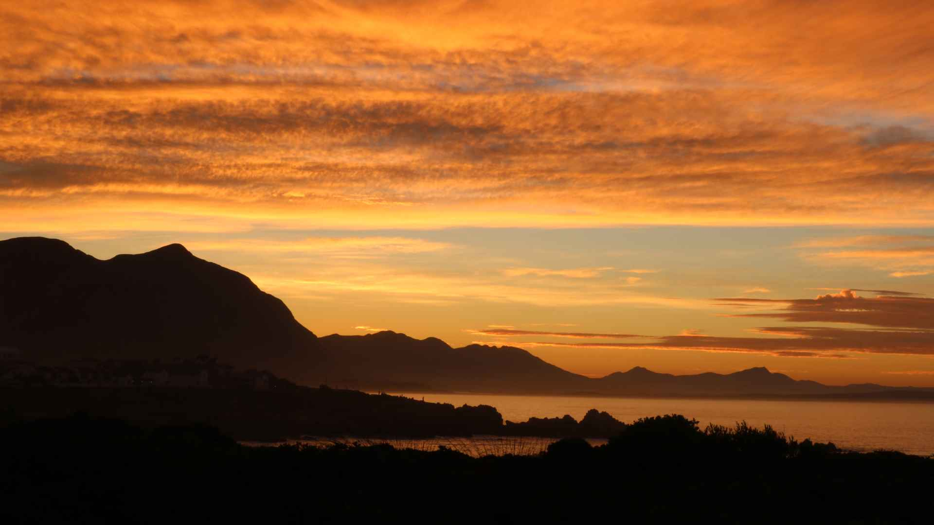 Sonnenaufgang in Hermanus