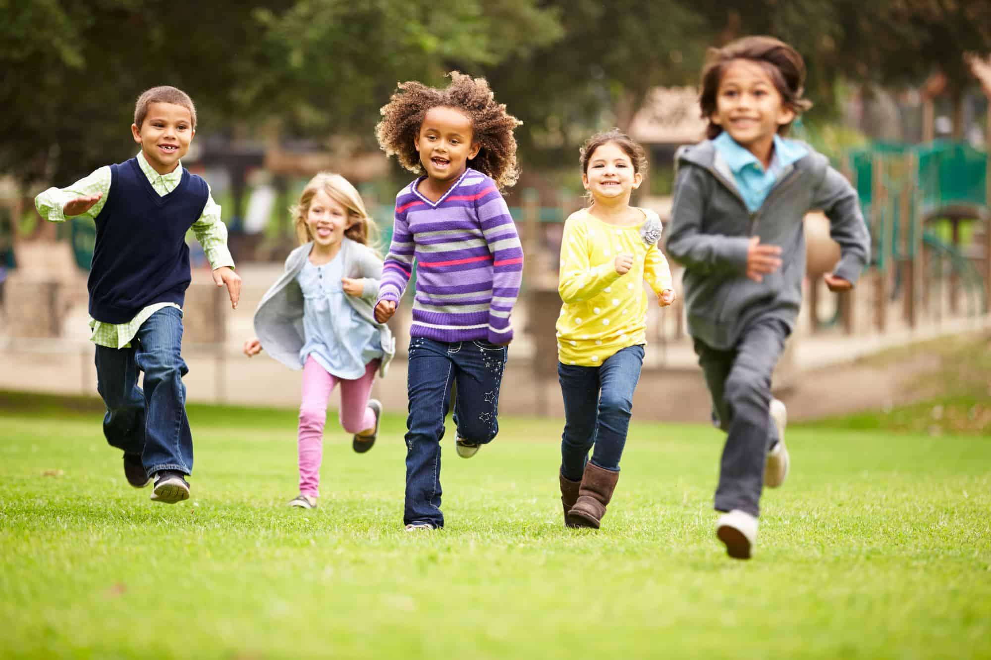 kids running in a race