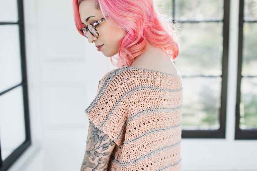 https://www.weareknitters.com/knitting-kit/felicity-poncho