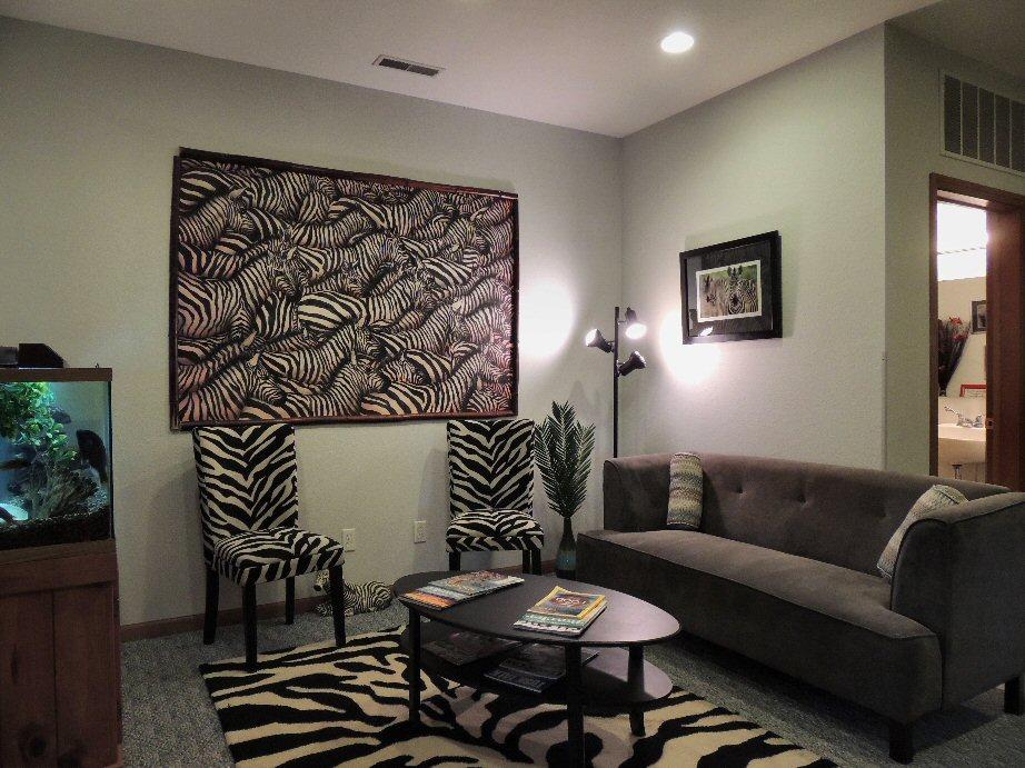 The Santé Group Suite 2A Lobby