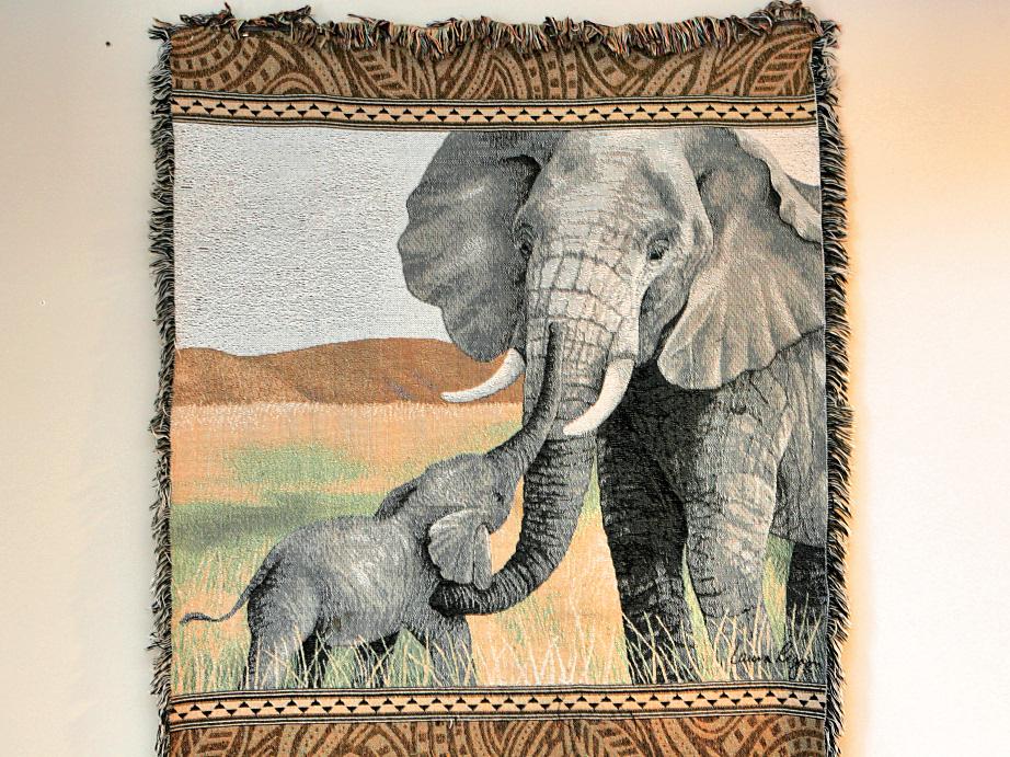 The Santé Group African Animal Decor