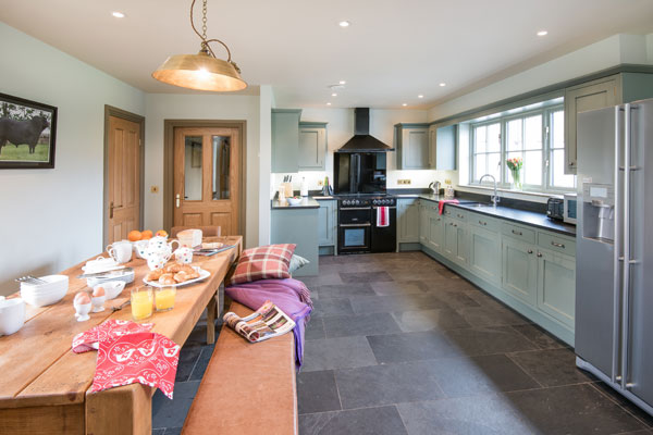 Elliot Houses - Time Luxury Holiday Cottage Kitchen Dining