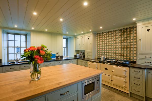 Elliot Houses - Balnakeil House Kitchen 2