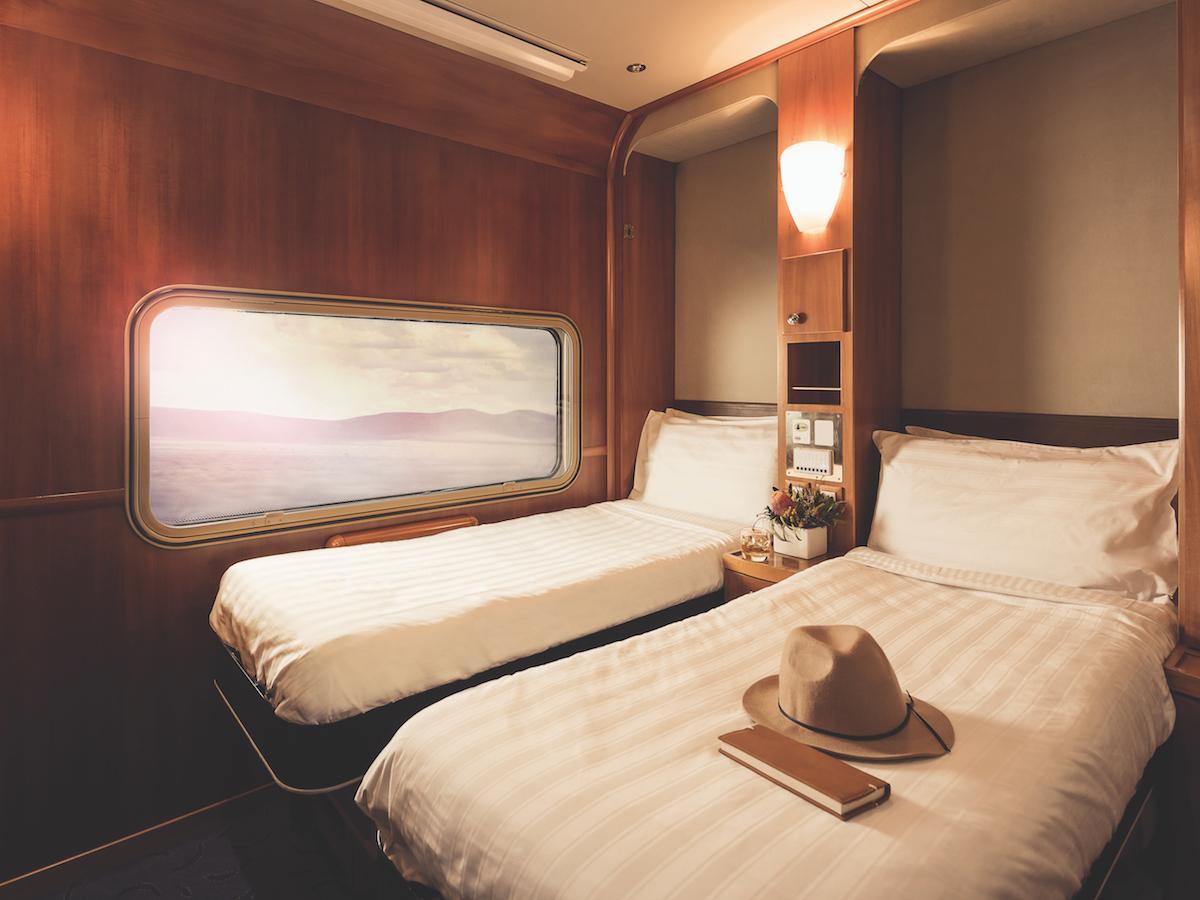 Platinum Twin Cabin