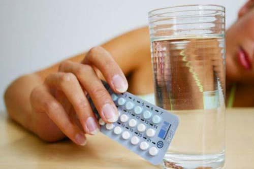 Sử dụng thuốc điều hòa kinh nguyệt có tốt không?