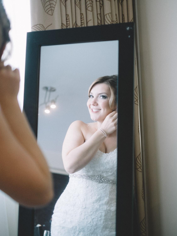 Bride getting ready  in Kamloops at Hotel 540 wedding
