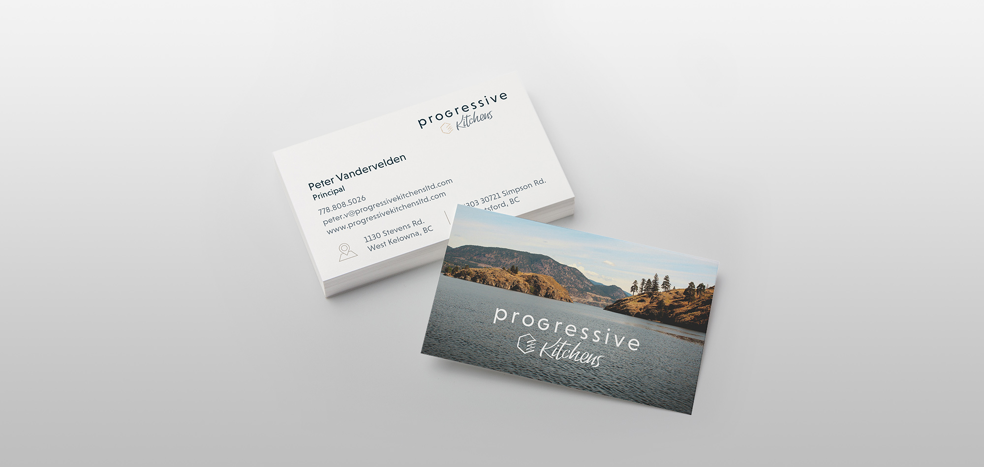 Print design sample of business cards.