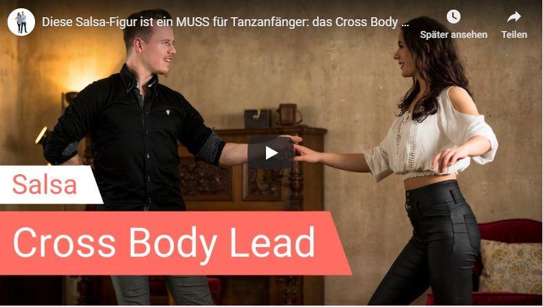 Salsa-Tanzlehrer tanzen Cross Body Lead