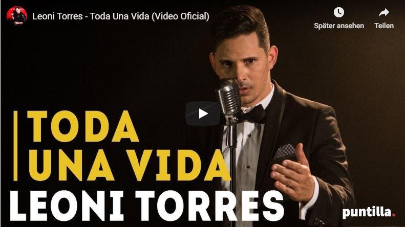 Leoni Torres singt Salsa-Lied