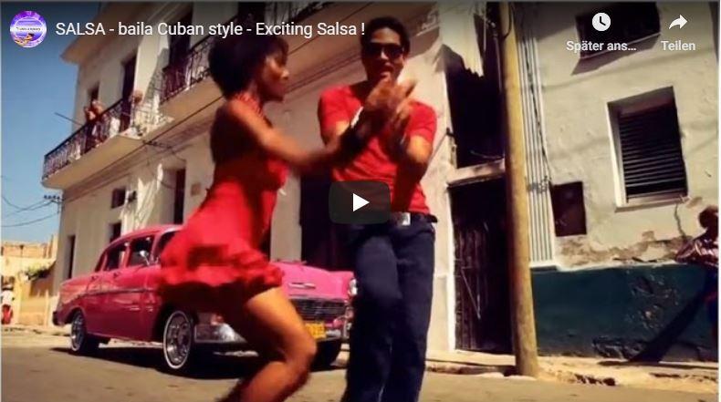 Junges, schönes Paar tanzt Salsa in Kuba.