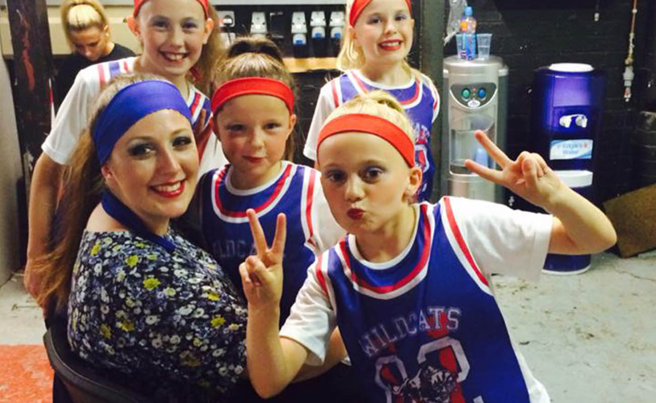 Amy Young Dance classes kids entertainment. Image of students in Bath UK