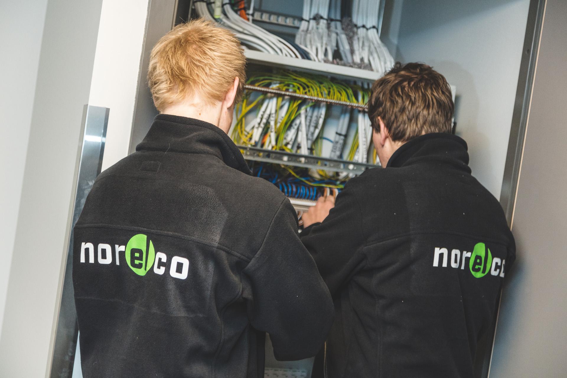 Bilde av Norelco ansatte i arbeid.