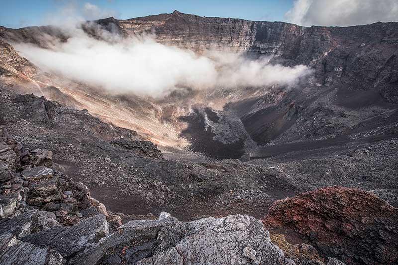 Centre du cratère - Le duo de choc ! L'île Maurice et l'île de la Réunion - Suivre sa Joie - Saskia Parein